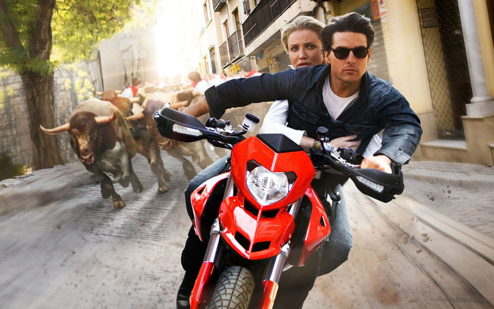 Tom And Cameron Motorcycle Chase Wallpaper 1680x1050