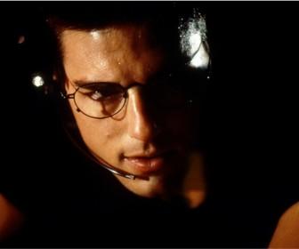 Tom Cruise Ethan Hunt Eyeglasses Wallpaper