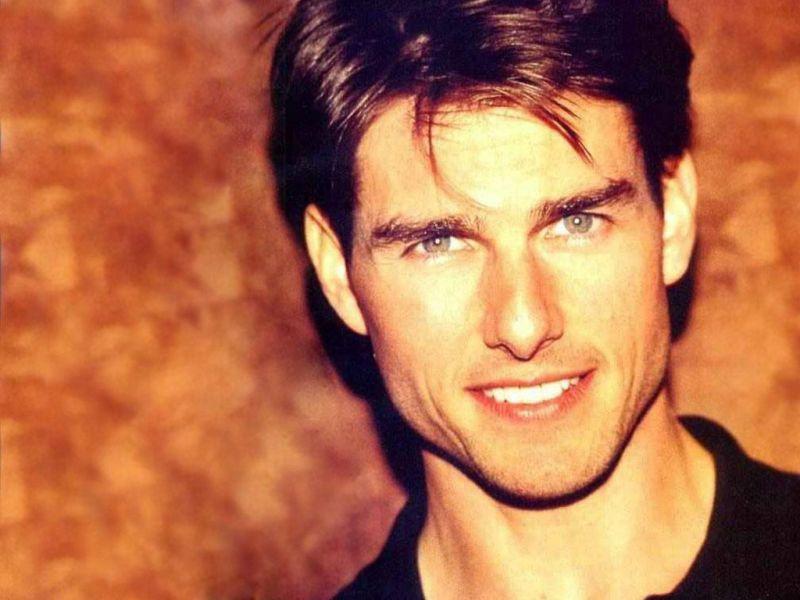 Tom Cruise Face Portrait Orange Background Wallpaper 800x600