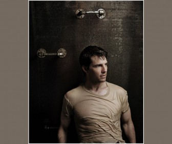 Tom Cruise Handle Bars Portrait Wallpaper