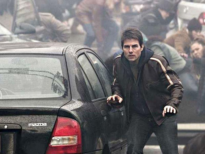 Tom Cruise Hiding War Of The Worlds Wallpaper 800x600