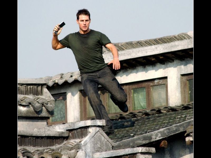 Tom Cruise Jumping Off Roof Wallpaper 800x600