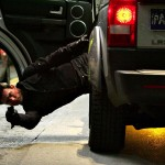Tom Cruise Mi3 Shooting From Suv Wallpaper