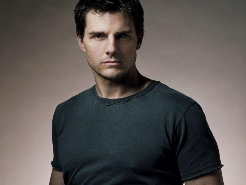 Tom Cruise Portrait Gray Shirt Wallpaper 800x600