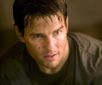 Tom Cruise Portrait War Of The Worlds Wallpaper
