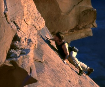 Tom Cruise Rock Climbing Wallpaper