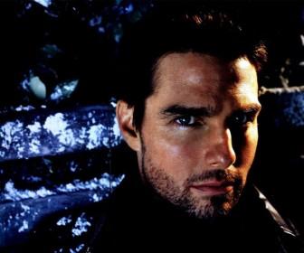 Tom Cruise Side Angle Portrait Wallpaper