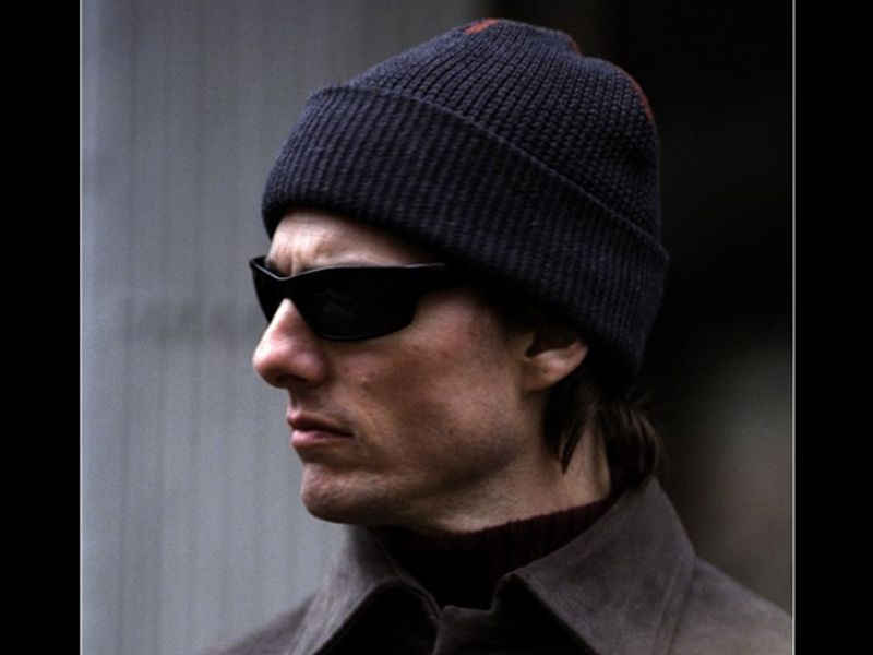 Tom Cruise Side View Shades Wallpaper 800x600