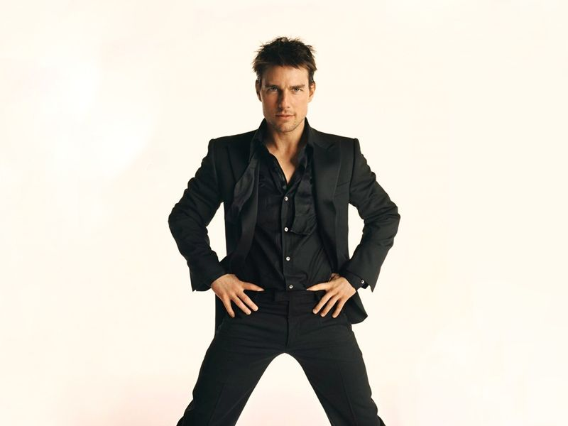 Tom Cruise Standing Portrait Black Suit Wallpaper 800x600