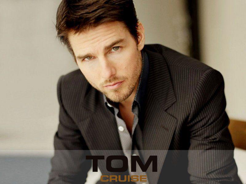Tom Cruise Stripes Suit Portrait Wallpaper 800x600